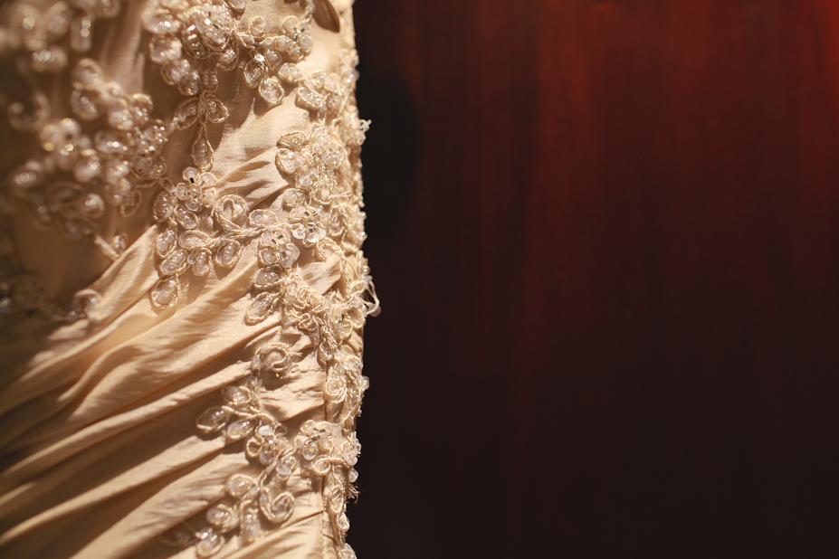 maggie stottero wedding dress