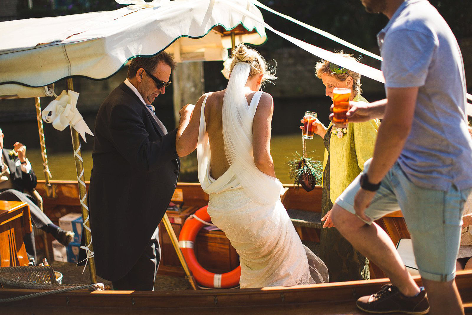 boat weddings in Oxford